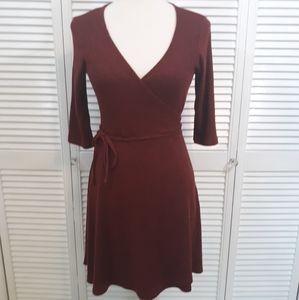Larry Levine wrap fit and flare dress sz large